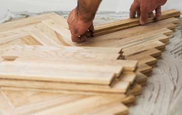 Правила укладки паркета на деревянный пол